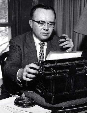 russellkirk-typewriter