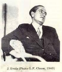 Juluis Evola 1940
