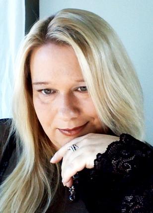 Gwendolyn Taunton - portrait